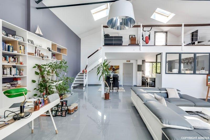 loft contemporain colombes adnova. Black Bedroom Furniture Sets. Home Design Ideas